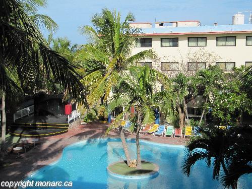 Reviews for club tropical varadero cuba for Club piscine west island