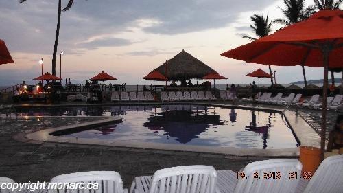 Reviews for royal decameron complex riviera nayarit for Algues brunes piscine