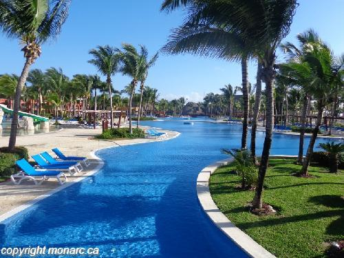 Reviews for barcelo maya tropical riviera maya mexico for Club piscine west island