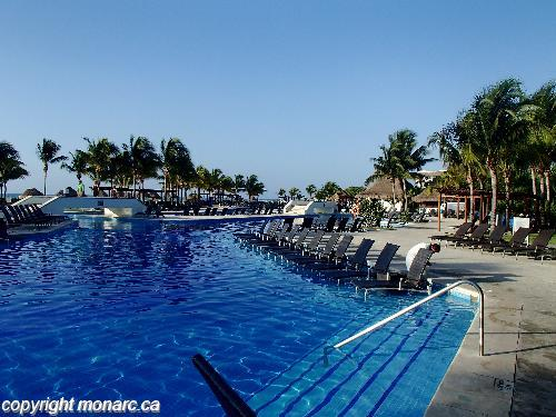 Reviews for blue bay grand esmeralda riviera maya mexico for Blue bay grand esmeralda deluxe v jardin