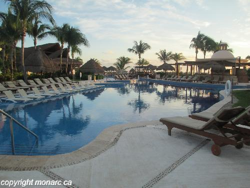 Reviews for excellence riviera cancun riviera maya for Club piscine west island