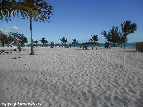 Reviews for viva wyndham fortuna beach freeport bahamas for Club piscine west island