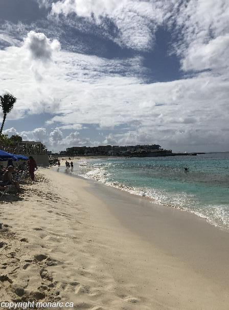 Traveller picture - Sonesta Maho Beach Resort Casino And Spa