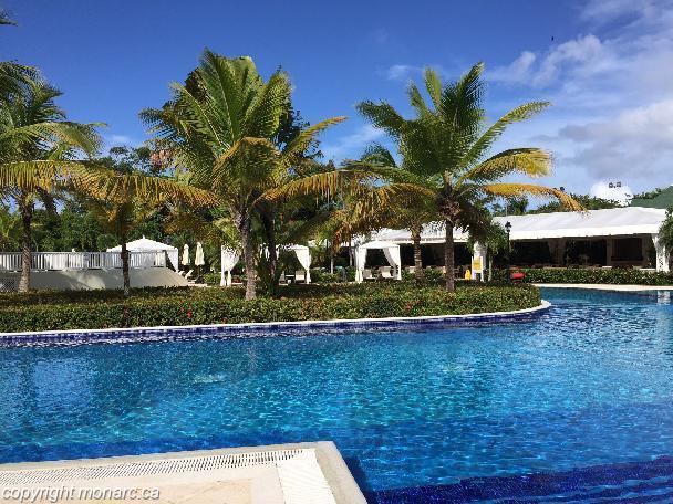 Reviews for luxury bahia principe cayo levantado samana for Hotel luxury cayo levantado