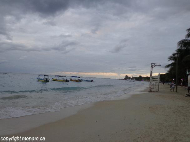 Traveller picture - Paradise Beach Hotel And Resort