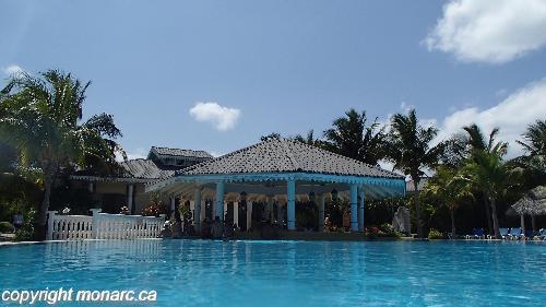 Reviews for melia las dunas cayo santa maria cuba for Bar la piscine paris 18